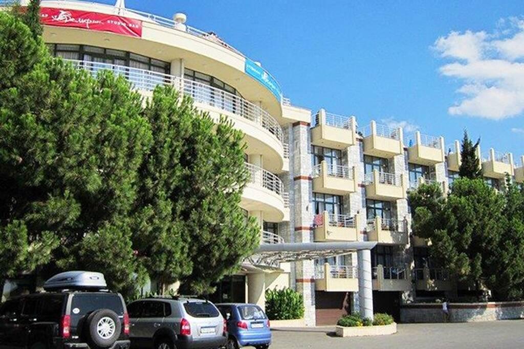 Аквапарк отель (КРК Миндальная роща) бронирование