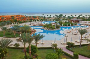 Amwaj Oyoun Resort & Casino бронирование