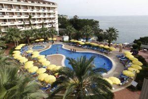 Aska Bayview Resort бронирование