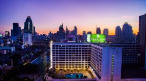 Bangkok Palace Hotel бронирование