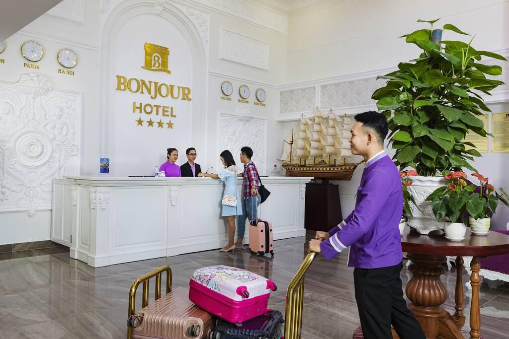 Bonjour Nha Trang Hotel бронирование
