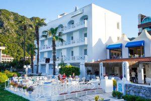 Casa & Blanca Beach Hotel бронирование