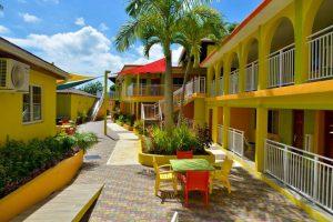 CocoLaPalm Seaside Resort бронирование