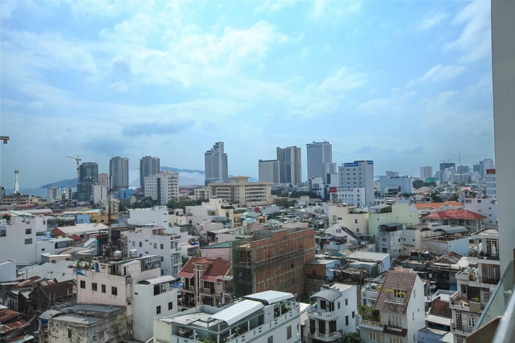 Den Long Do Nha Trang Hotel бронирование