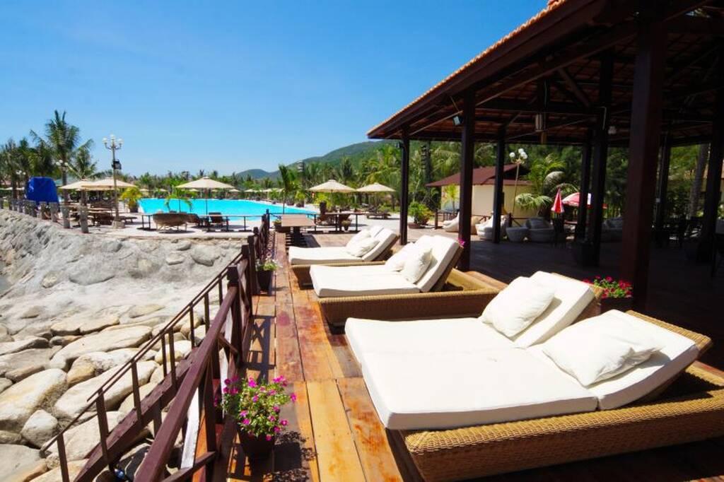 Diamond Bay Resort & Spa бронирование