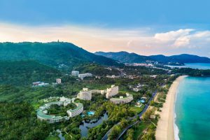 Hilton Phuket Arcadia Resort & Spa бронирование