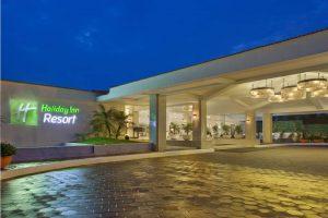 Holiday Inn Beach Resort бронирование