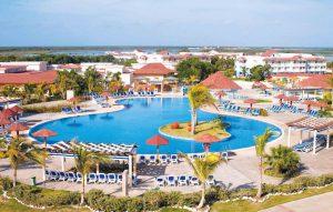 Memories Flamenco Beach Resort бронирование