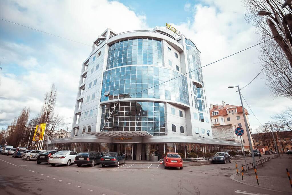 Отель Мартон Палас бронирование