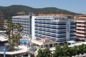 Riviera Hotel бронирование