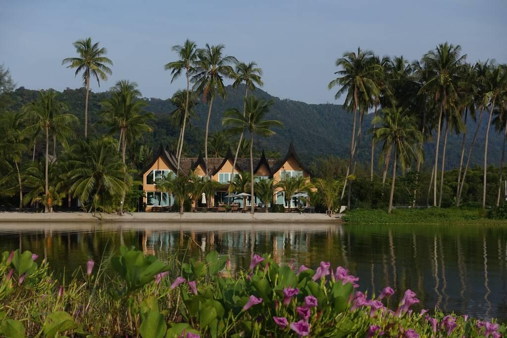 Siam Royal Bay Laguna Beach House Wing бронирование