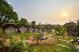 Stone Wood Resort & Spa бронирование