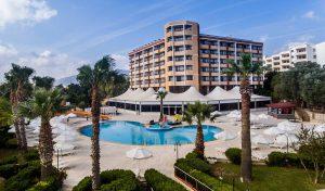 The Holiday Resort Hotel бронирование