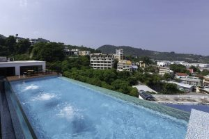 Triple L Hotel Patong Beach бронирование