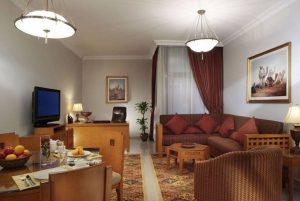Two Seasons Furnished Apartments бронирование