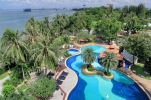 Cholchan Pattaya Beach Resort бронирование