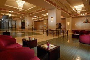 Crowne Plaza Dubai бронирование