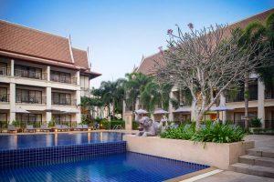 Deevana Patong Resort & Spa бронирование