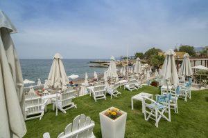 Evelyn Beach Hotel бронирование