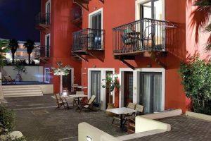 Grecotel Plaza Spa Apartments бронирование