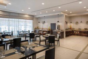 Holiday Inn Express Dubai Safa бронирование