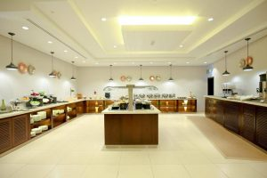 Holiday Inn Express Dubai Internet City (Close to Marina Dubai) бронирование