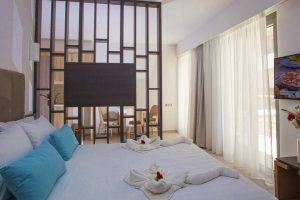 Minos Aparthotel & Suites бронирование