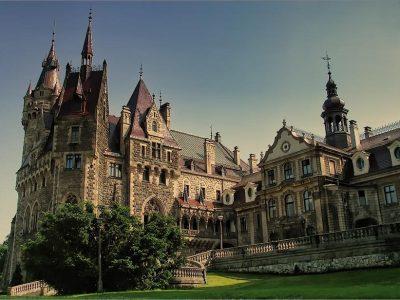 Польша, Мошненский дворец (замок)