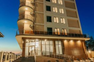 Pride Inn отель бронирование