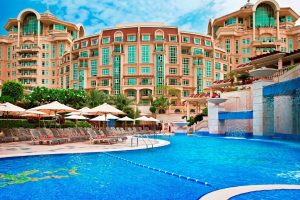 Roda AL Murooj Downtown Hotel & Suites бронирование