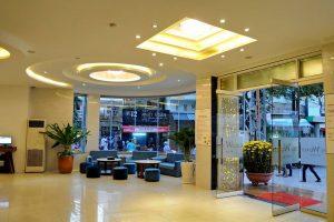 The World Hotel бронирование